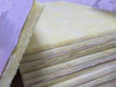 贴面材料对玻璃棉板的吸声有什么影响